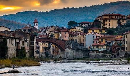 Tuscany, Italy—Recognizing Jesus by Albert Holtz